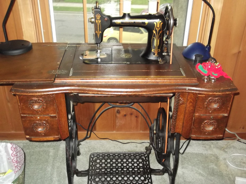 Original 1900s Singer used for all creations